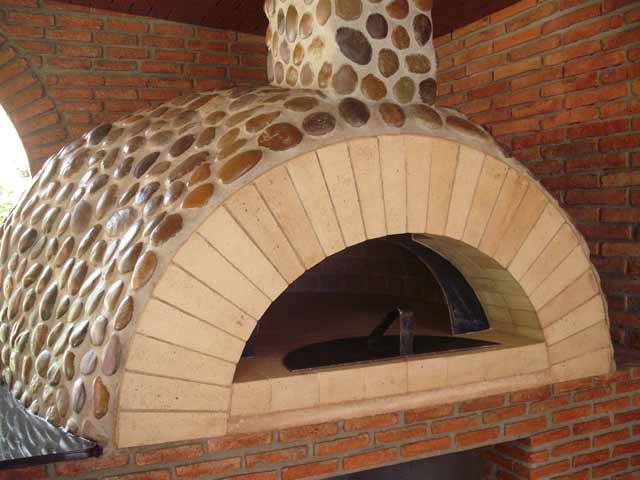Pictures Of Special Pizza Oven