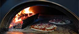 Garden pizza oven wood fire